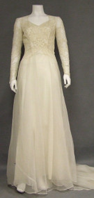 OUTSTANDING Ivory Marquisette 1940's Wedding Gown w/ Train