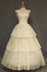 Ivory Lace & Nylon Vintage Wedding Gown