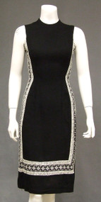 Slimming Black & White Linen 1960's Sheath