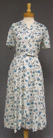 Blue Floral N/OS 1950's Day Dress