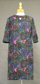 Boldly Printed Wool 1960's Dress w/ Keyhole Neckline