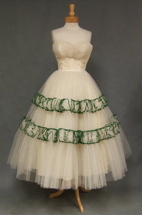 1950\'s Ivory Tulle Will Steinman Prom Dress W/ Green Ruffles ...