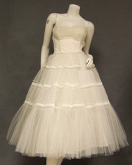 Gorgeous Ivory Strapless 1950's Wedding Dress