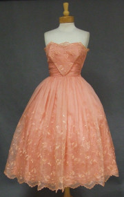 Feminine Embroidered Salmon Organdy Strapless Vintage Prom Dress
