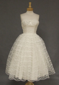 Lovely Ivory 1950's Strapless Dress: Wedding or Prom