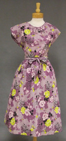 Beautiful Purple Floral Back Wrap 1950's Day Dress