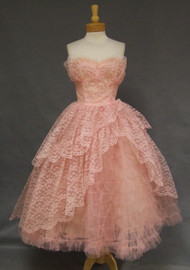 Pink Lace & Tulle SUPER Full Strapless Vintage Prom Dress