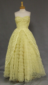 Yellow Lace & Tulle 1950's Strapless Prom Dress