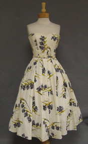 FAB Novelty Printed Strapless 1950's Cotton Sun Dress