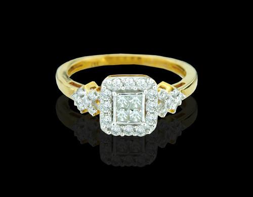 14K Gold 0.52CT Diamonds Ladies Engagement Ring