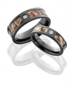 camo-wedding-band-set.jpg