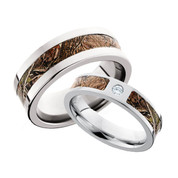 camo ring set with bezel diamond - Camo Wedding Rings For Him And Her