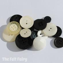 Monchrome - Stash Boost Buttons 30g