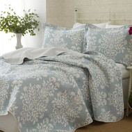 Twin size 2-Piece Quilt Set with Coverlet and Sham, Blue White Floral Pattern LARQ649815
