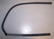 BMW 2002 Rear Vent Window Rubber Seal