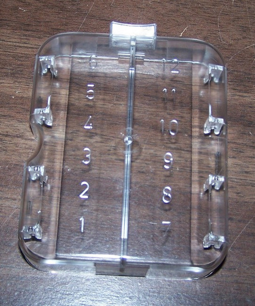 a20792913d28d5a38b448e_l__66504.1417459374.500.659?c=2 bmw 2002 & e3 fuse box cover (12 fuses) rogerstii bmw 2002 fuse box cover at virtualis.co