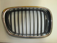 BMW E39 540i Front Kidney Grille