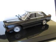 BMW 1985 M535i Model 1:43 AUTOart
