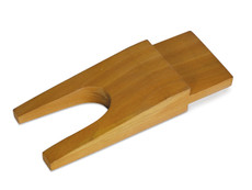 "6 1/4"" Wooden Bench Pin With Slot"