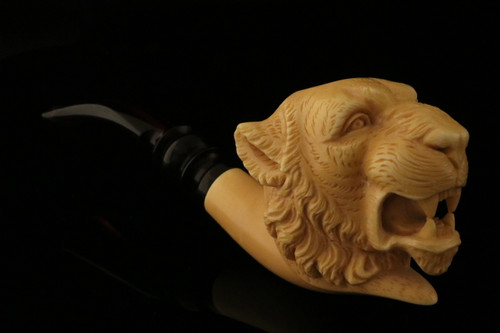 Tiger Hand Carved Block Meerschaum Pipe by Tekin in a fitted case 8284