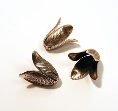 Magnolia Leaf End Caps - Oxidized Silver