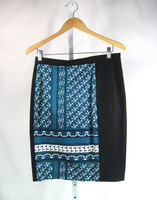 10 CROSBY DEREK LAM Black & Teal Print Straight Skirt Size 10