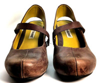 AUTHENTIC TSUBO Brown Leather Maryjane Pump Size 6.5