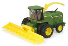 1:64 John Deere 7780 Self Propelled Forage Harvester with duals