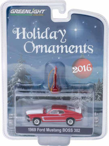 1:64 GreenLight 2016 3 of 6 Holiday Ornaments Series 1 - 1969 Ford Mustang BOSS 302