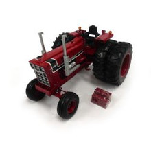 1:16 IH 1568 Precision Elite 3 Tractor with duals