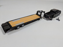 1:64 HITCH & TOW 2018 FORD F-350 KING RANCH DUALLY AND Gooseneck Trailer