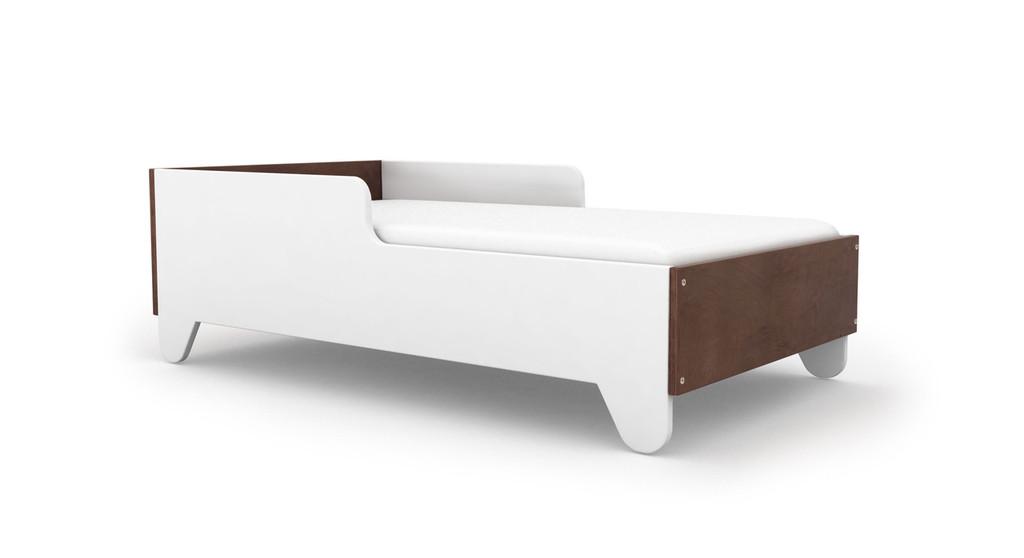 Hiya toddler bed with walnut head and footboard