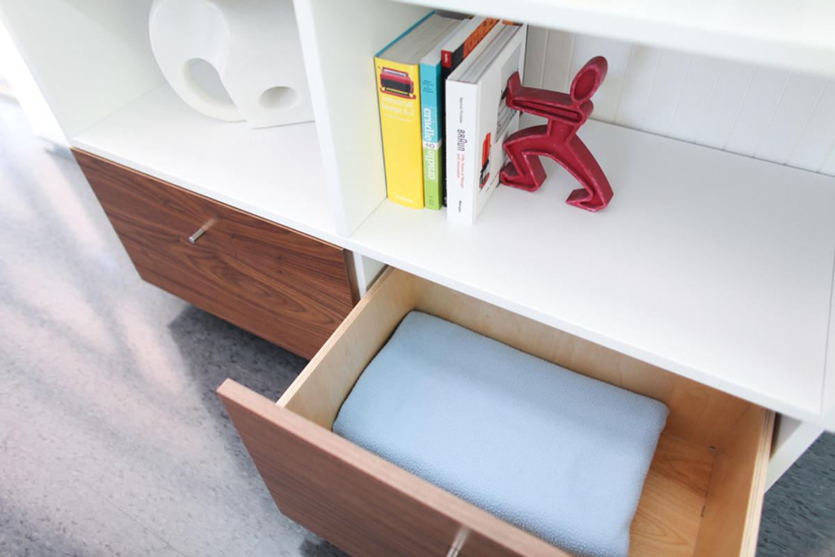 Roh Bookshelf Walnut/Finish, Birch Drawer boxes