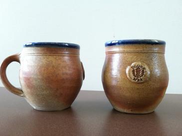 UCONN MBA Commemorative Mug