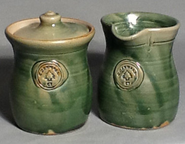 Cornwall Commemorative Sugar Pot and Creamer Set-GREEN