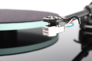 Rega Planar 2 Turntable with Rega Carbon cartridge