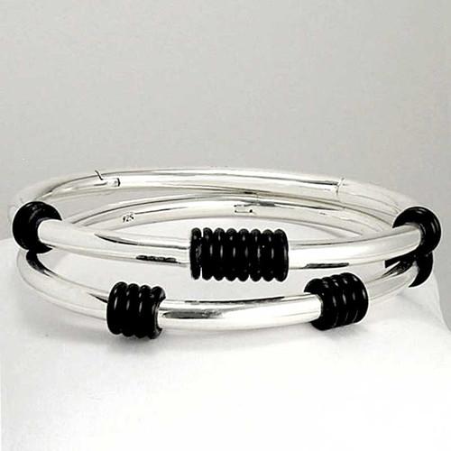 Bangle Bracelet Smooth in Sterling Silver