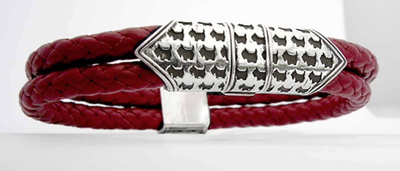 Scottie Clasp Bracelet