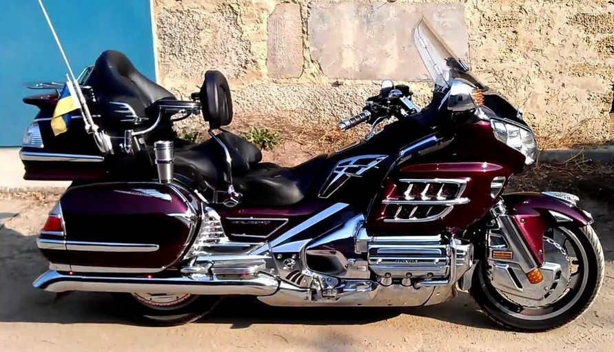 2006-gl-1800-goldwing.jpg