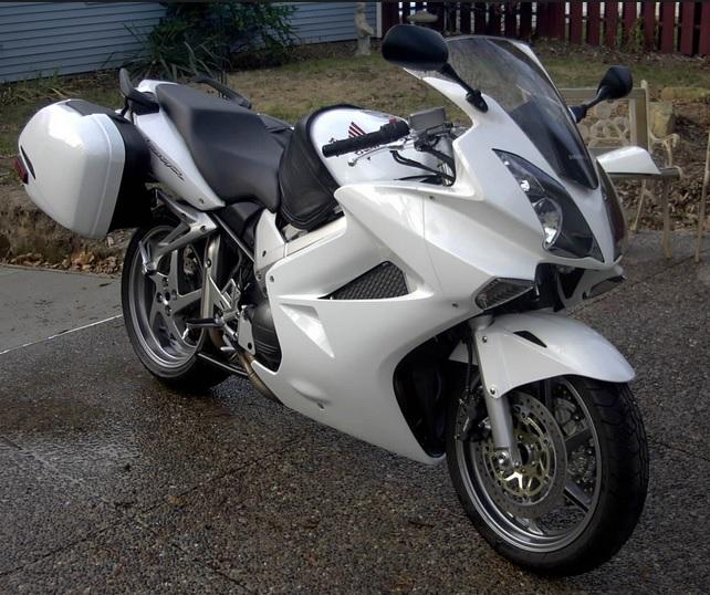 2006-honda-vfr-800.jpg