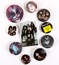 KISS Buttons - Lot #38