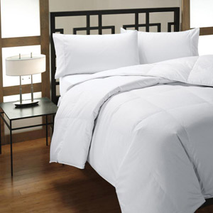 downlite explains the difference between down alternative down comforters downlite mason. Black Bedroom Furniture Sets. Home Design Ideas