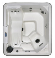 QCA Spas Orion hot tub