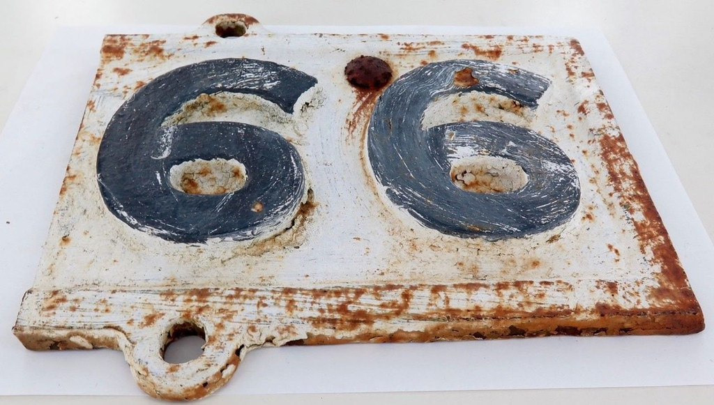 """Exceedingly rare QLD Rail early 1900s """"69 / 99 miles to?""""  cast iron mileage sign"""
