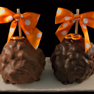 Peanut Butter Crunch Caramel Apple from DeBrito Chocolate Factory