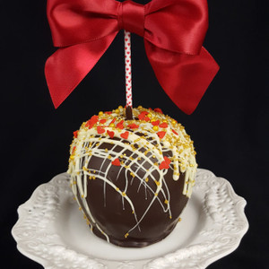 Queen of Hearts  caramel apple perfect for Valentine's Day!