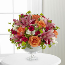 TheSimple Surprises Bouquet by Vera Wang