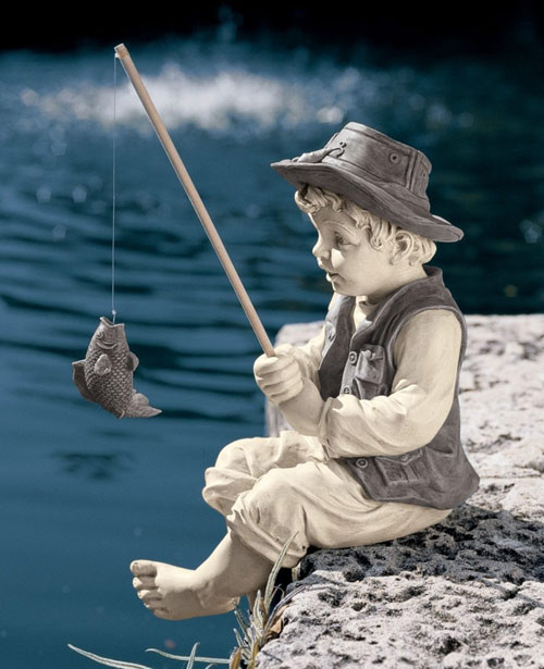 fishing boy statue