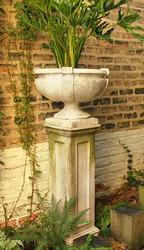 Smooth Strap Garden Urn
