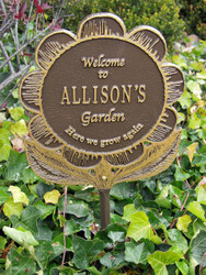Garden Flower Plaque (Personalize 1 Line)